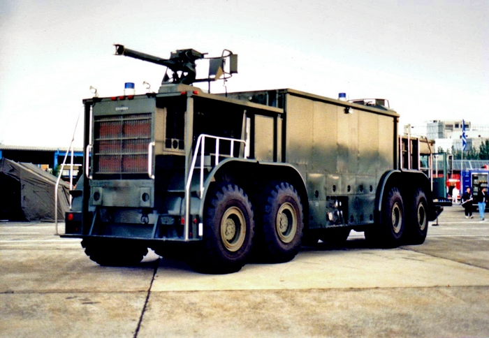 Oshkosh p-15 photo - 3