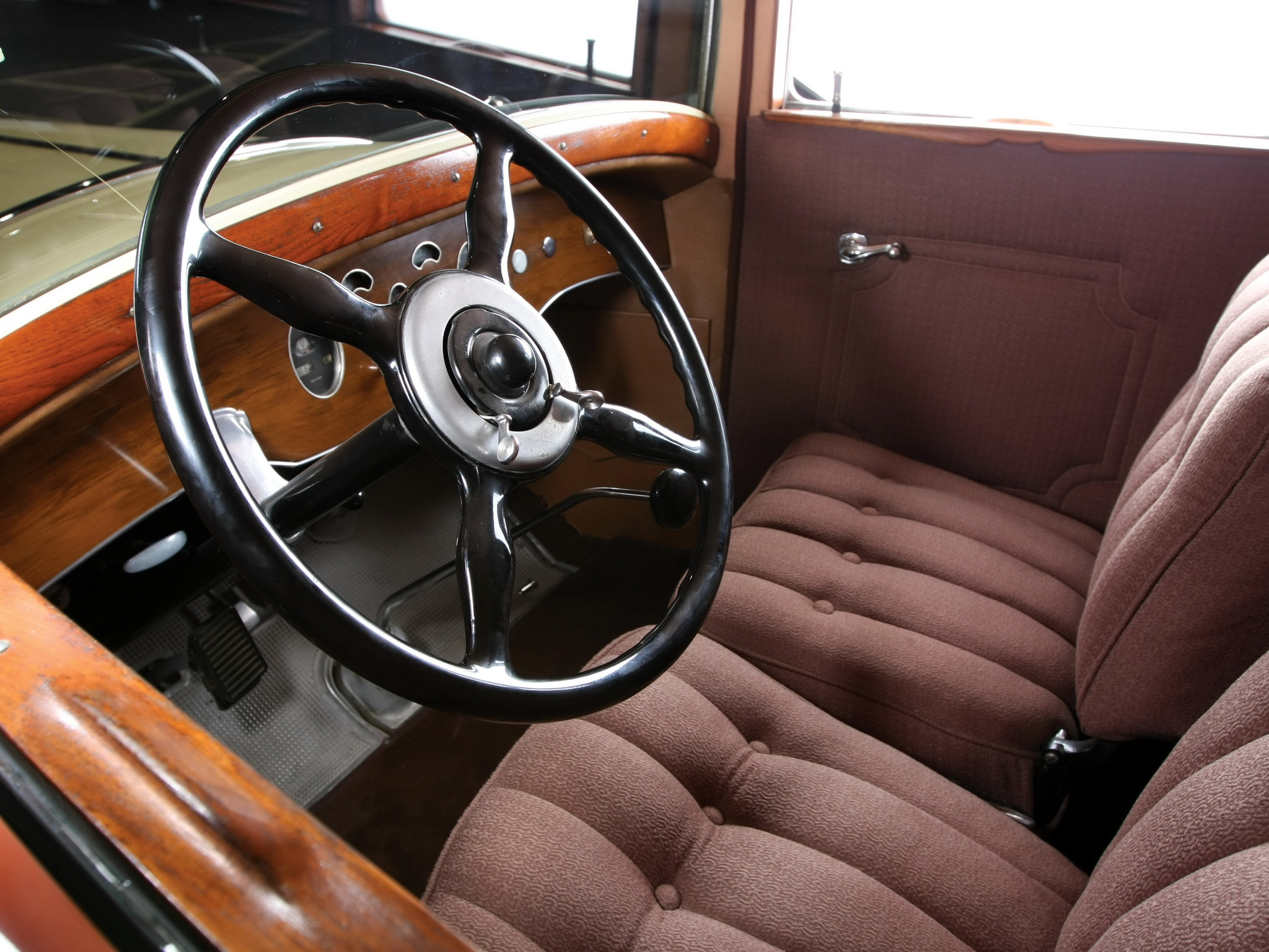 Packard standard photo - 2
