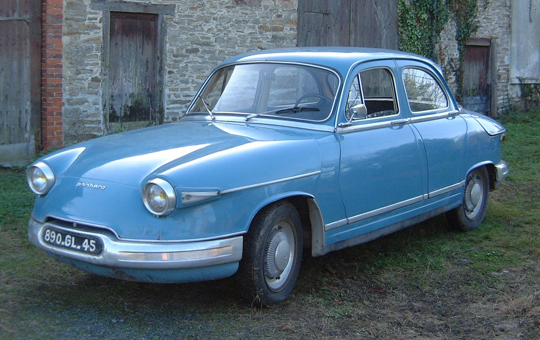 Panhard 24 photo - 4