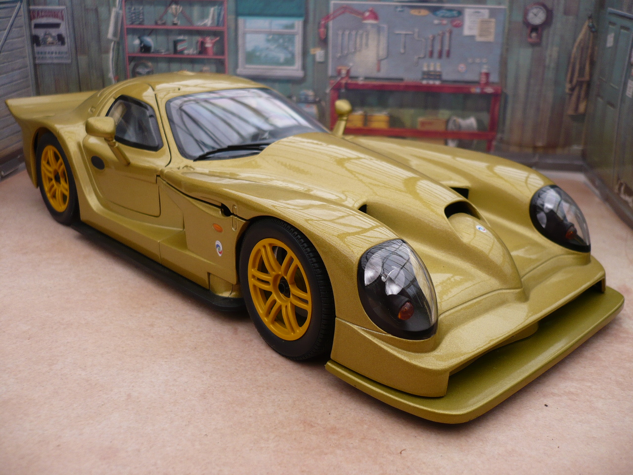 Panoz esperante photo - 1