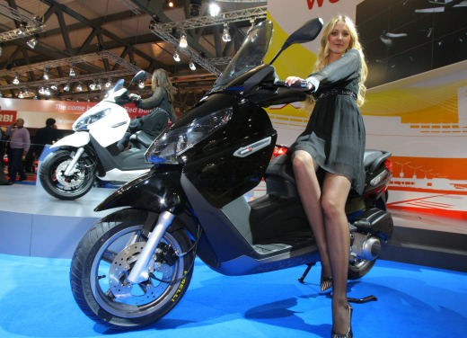 Piaggio x7 photo - 3