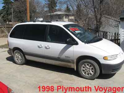 Plymouth voyager photo - 2