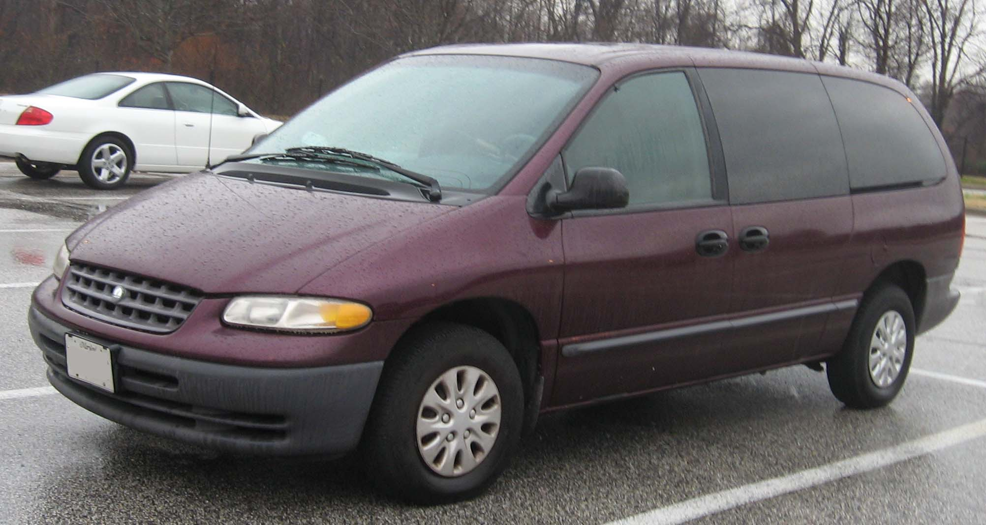 Plymouth voyager photo - 4