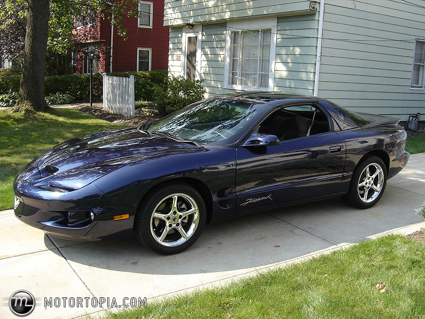Pontiac firehawk photo - 1