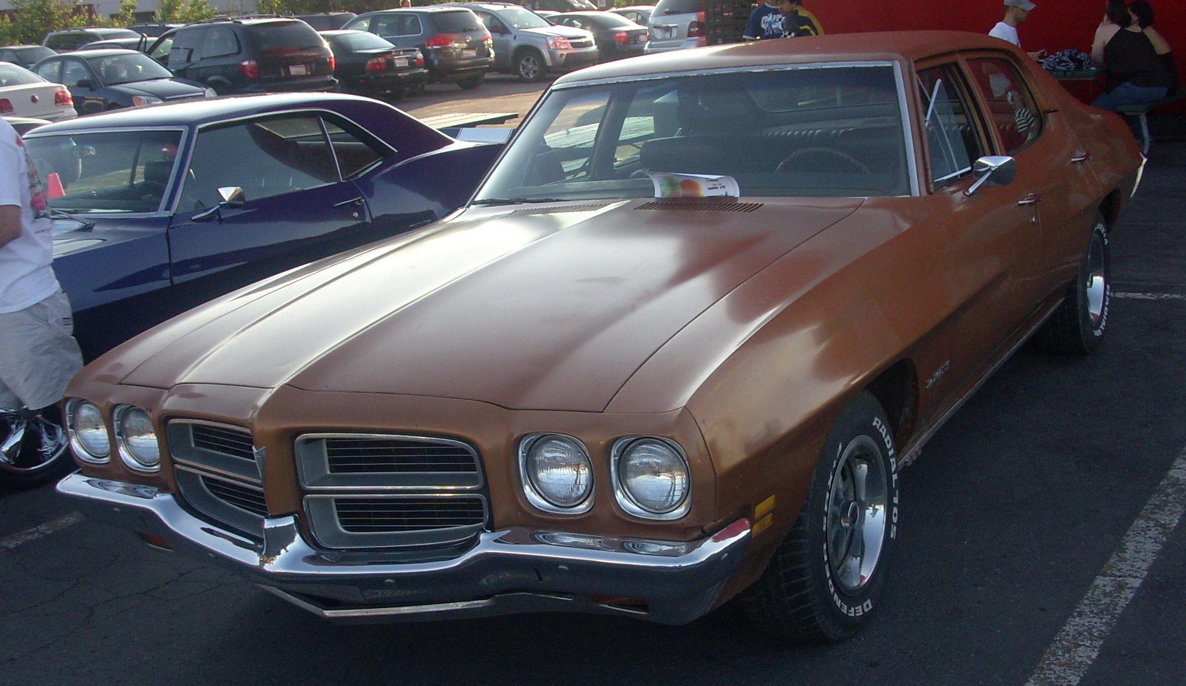 Pontiac lemans photo - 1