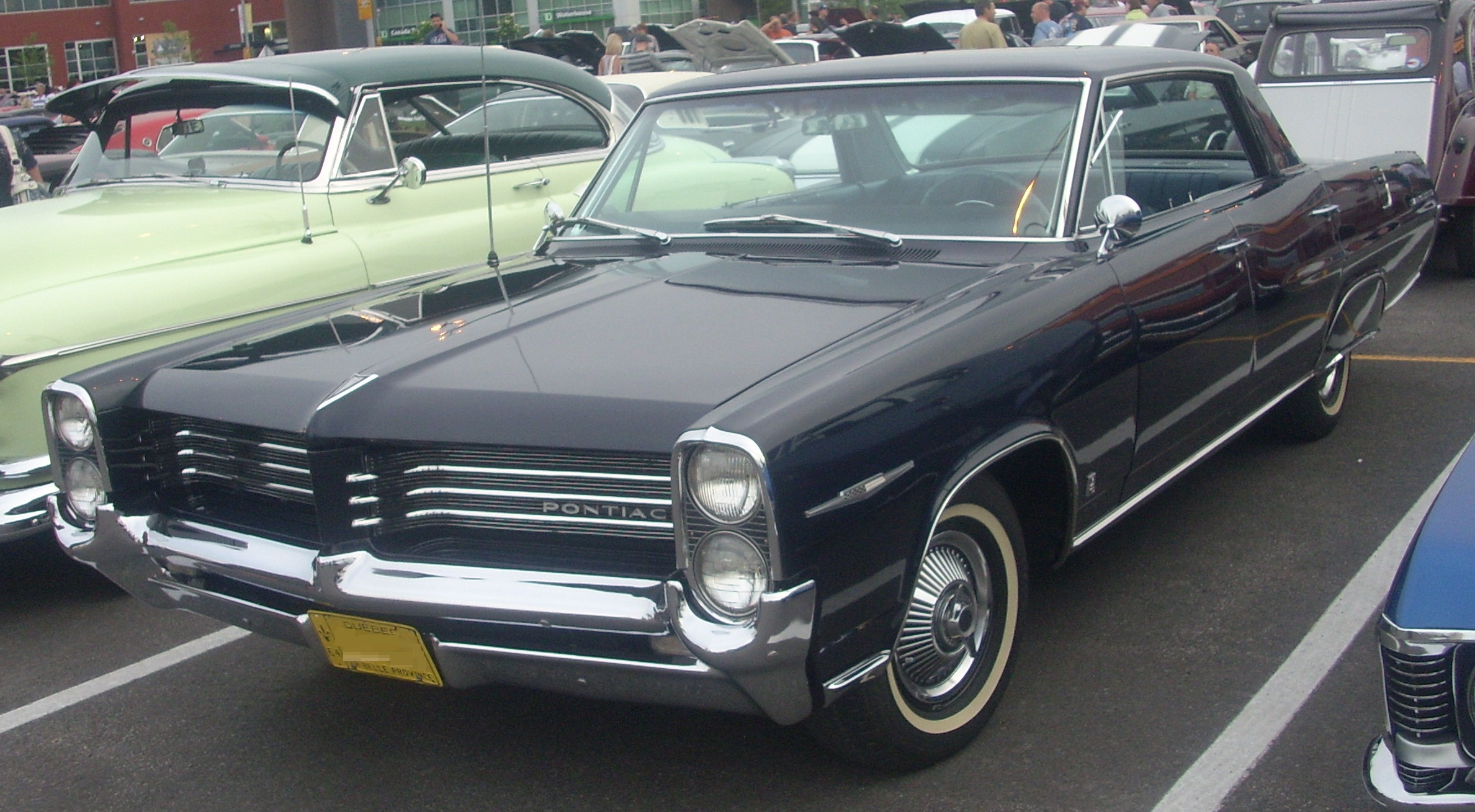 Pontiac parisienne photo - 1