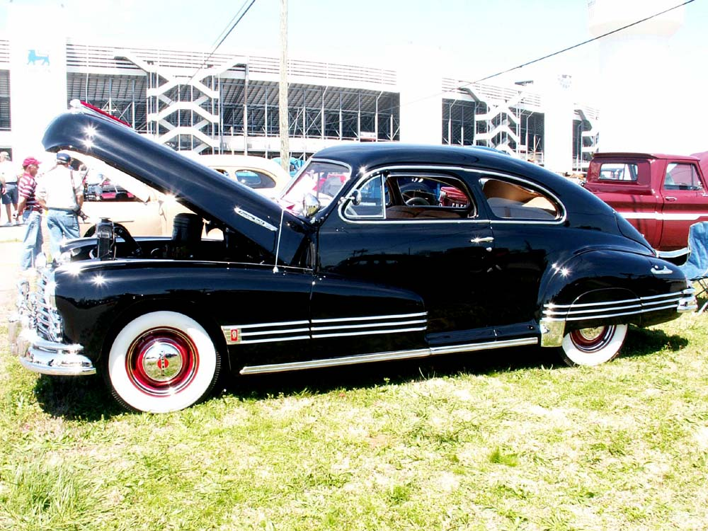 Pontiac streamliner photo - 2