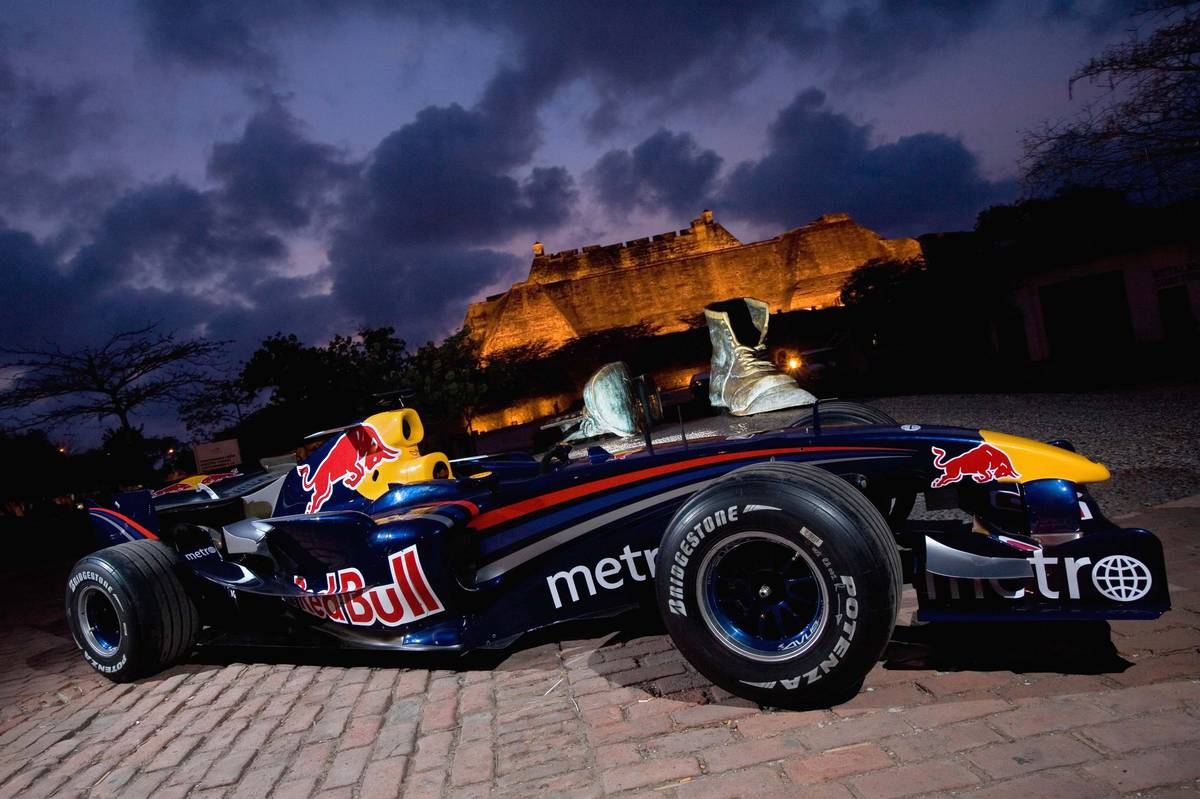 Red bull rb3 photo - 4