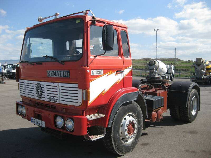 Renault carrier photo - 4