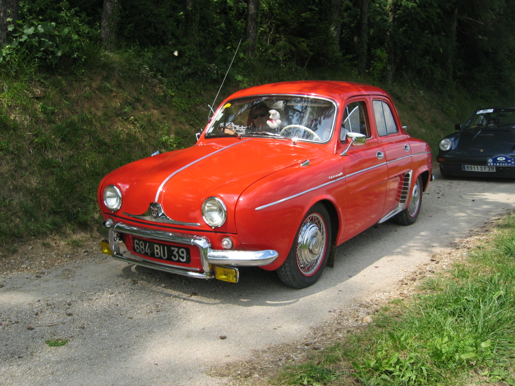 Renault dauphine photo - 4