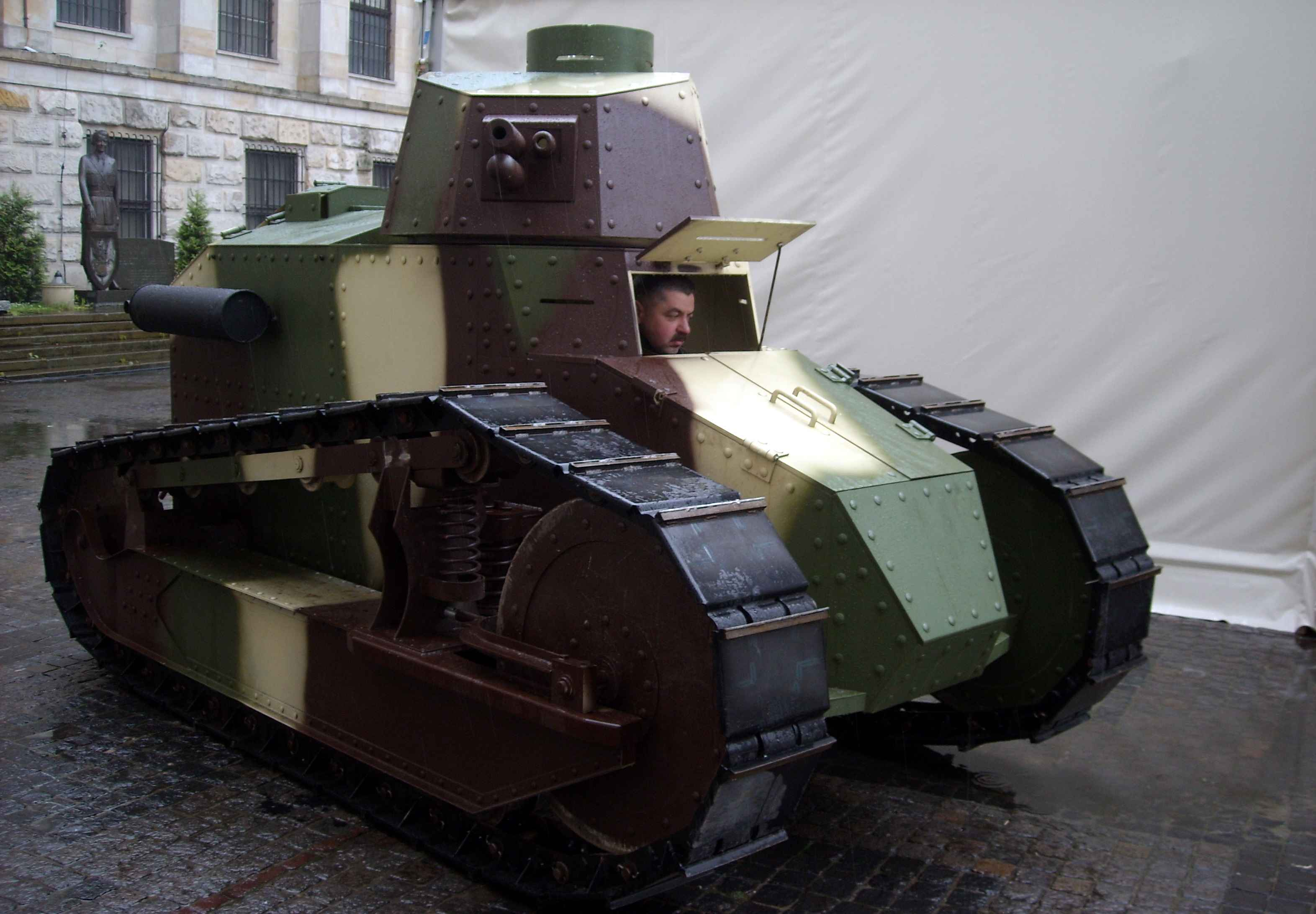 Renault ft17 photo - 3