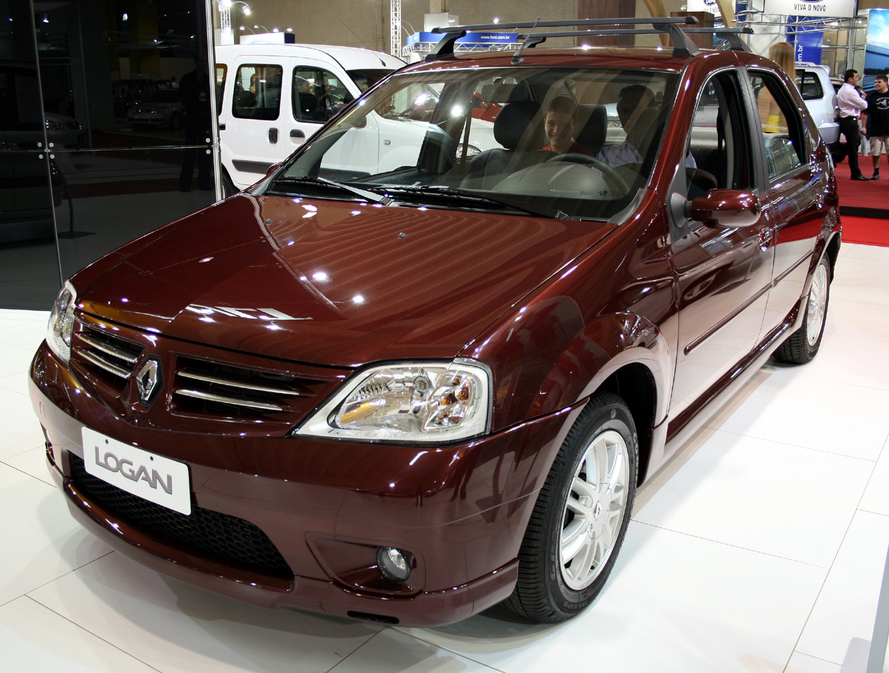 Renault logan photo - 1