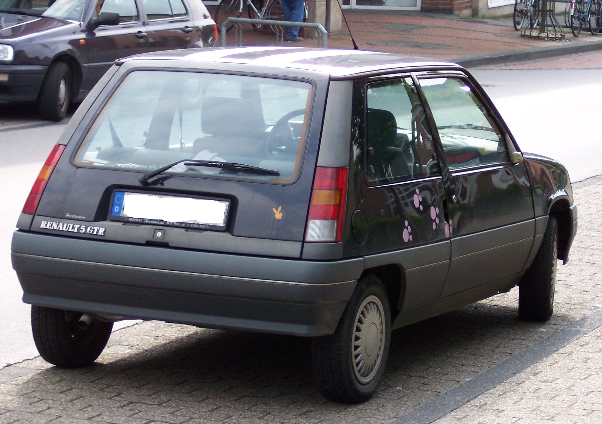 Renault r photo - 1