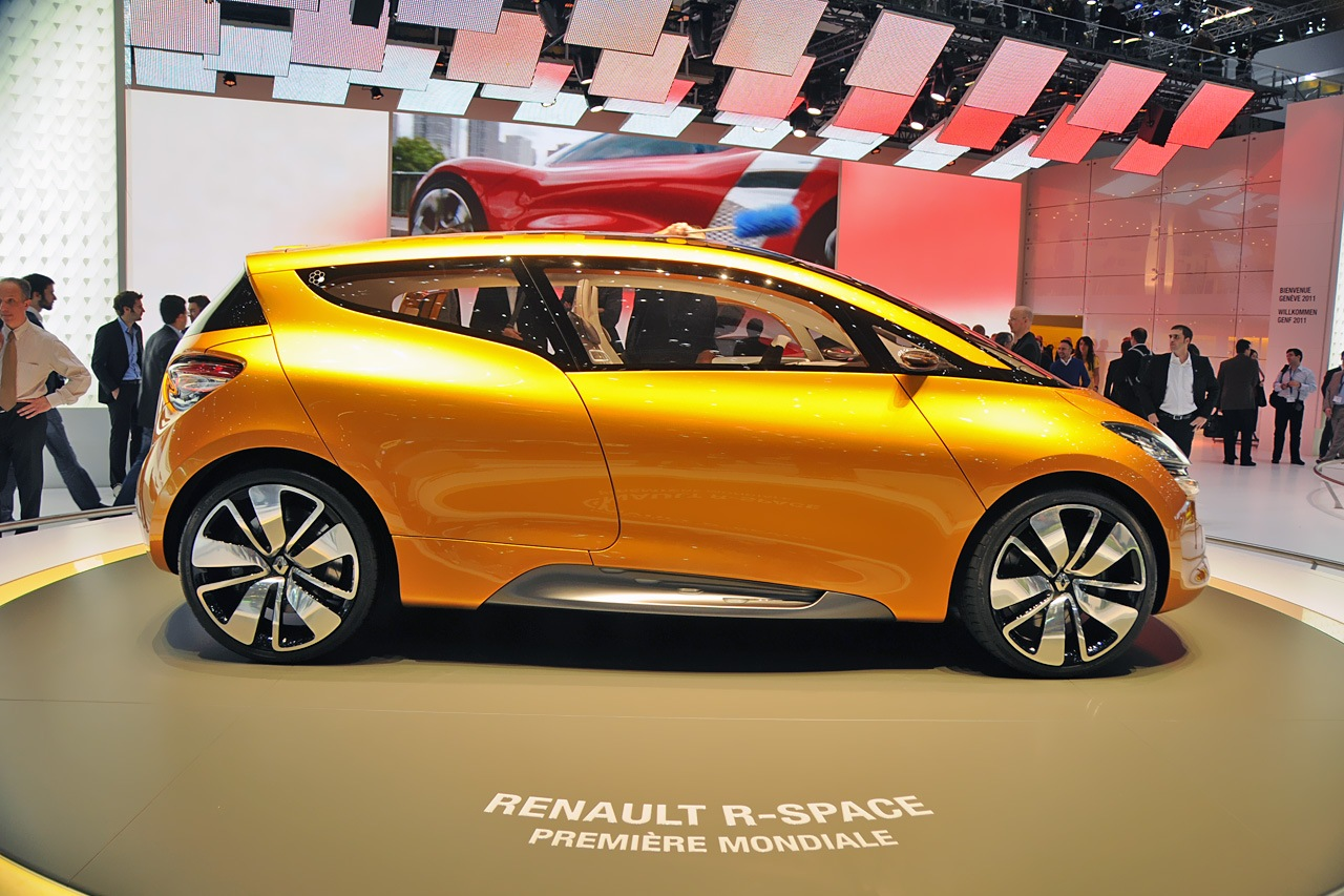 Renault r-space photo - 2