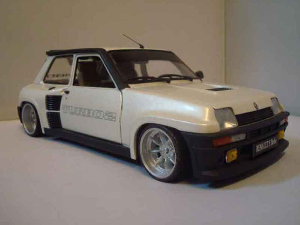 Renault turbo photo - 2
