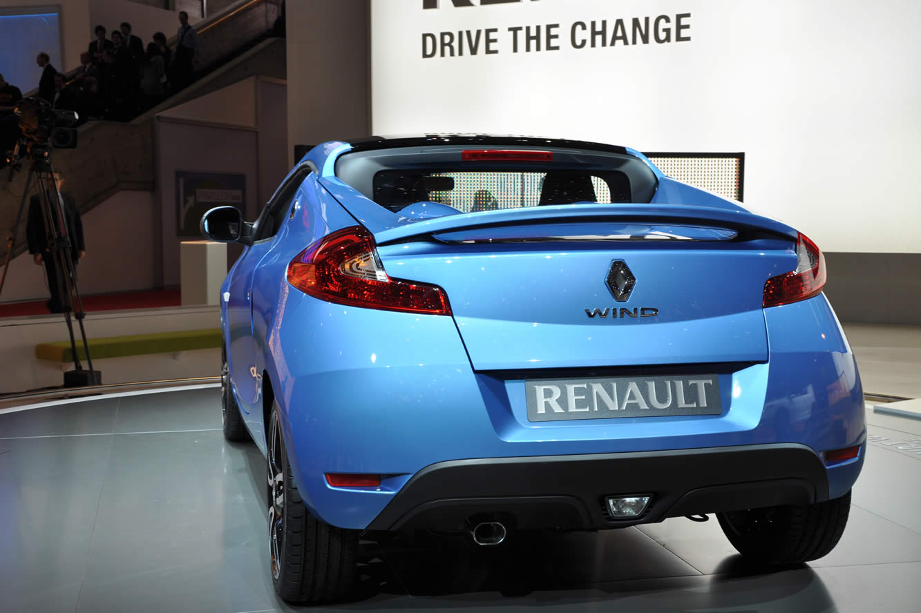Renault wind photo - 3