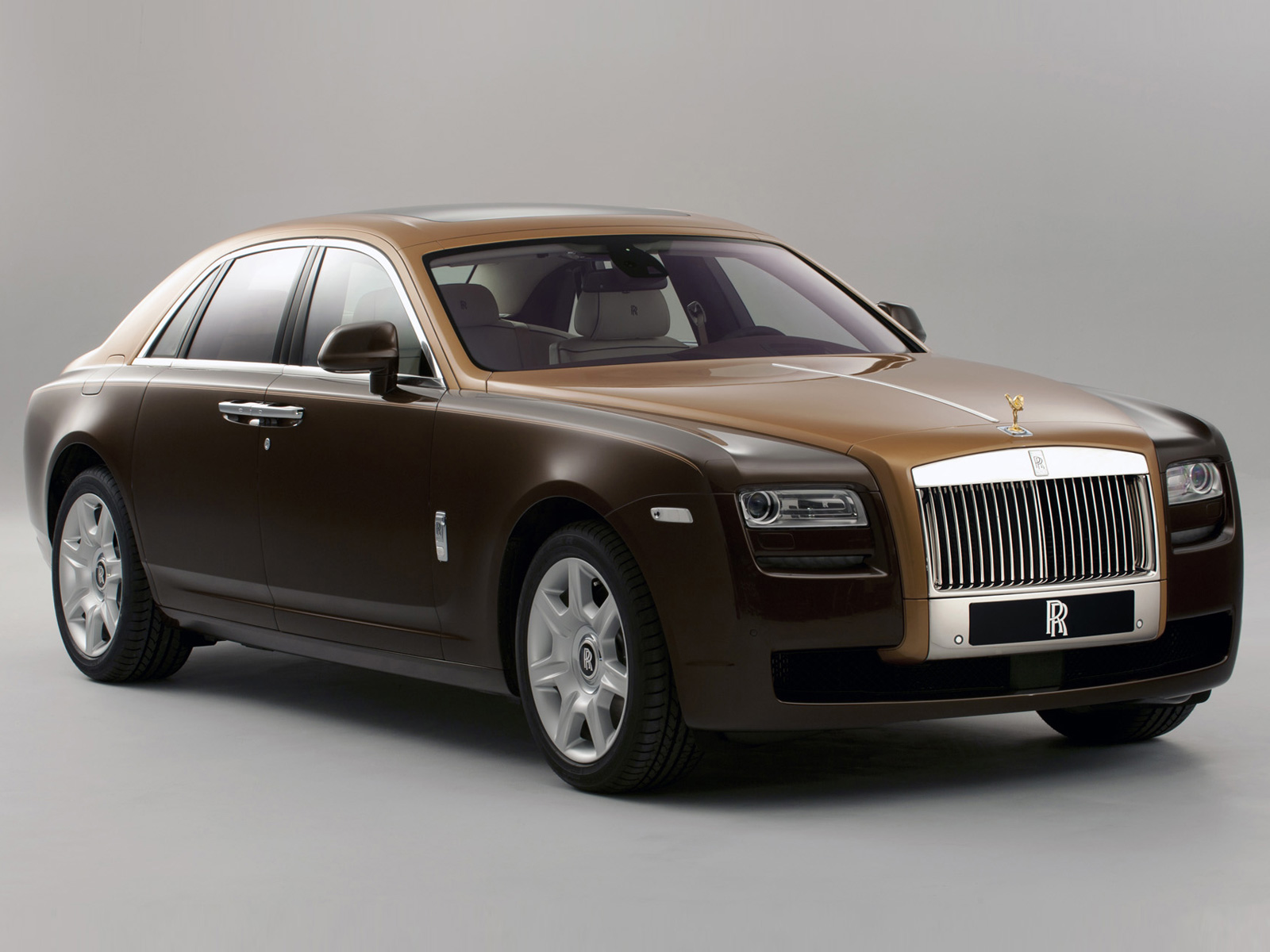 Rolls royce car photo - 1