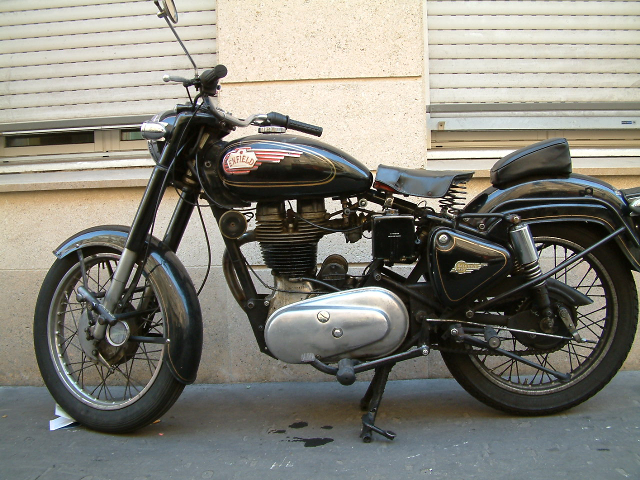 Royal enfield bullet photo - 4