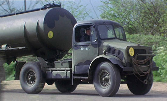 Scammell tractor photo - 4