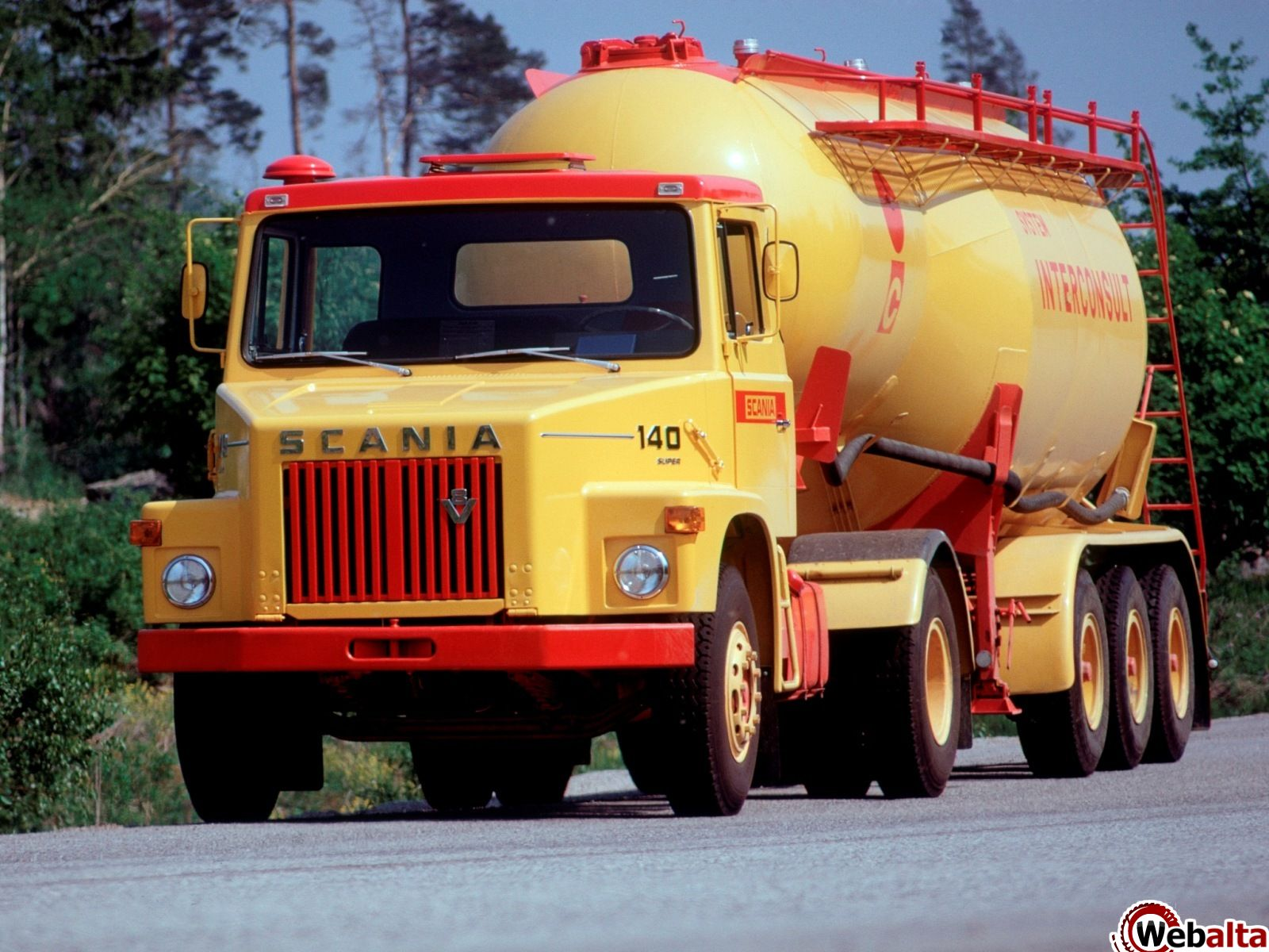 Scania k-series photo - 3