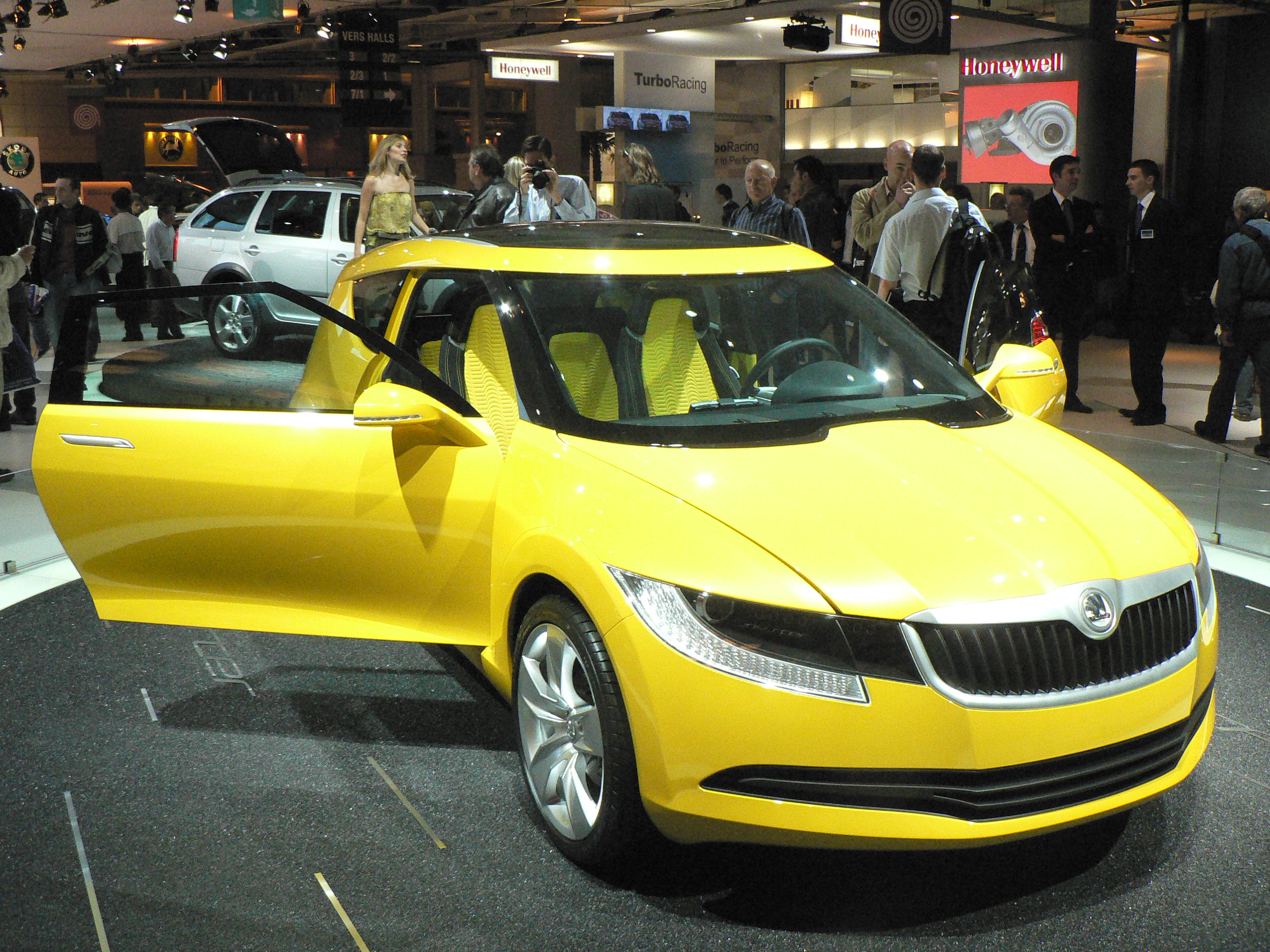 Skoda joyster photo - 3
