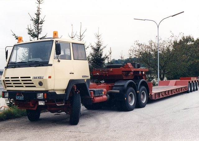 Steyr 32 photo - 2