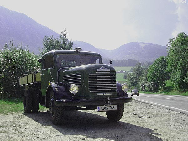 Steyr 380 photo - 1