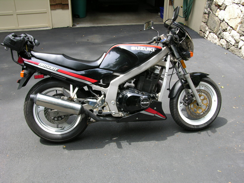 Suzuki 500 photo - 1
