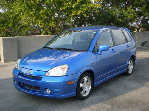 Suzuki aerio photo - 4