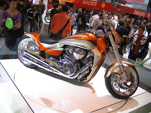 Suzuki boulevard photo - 4