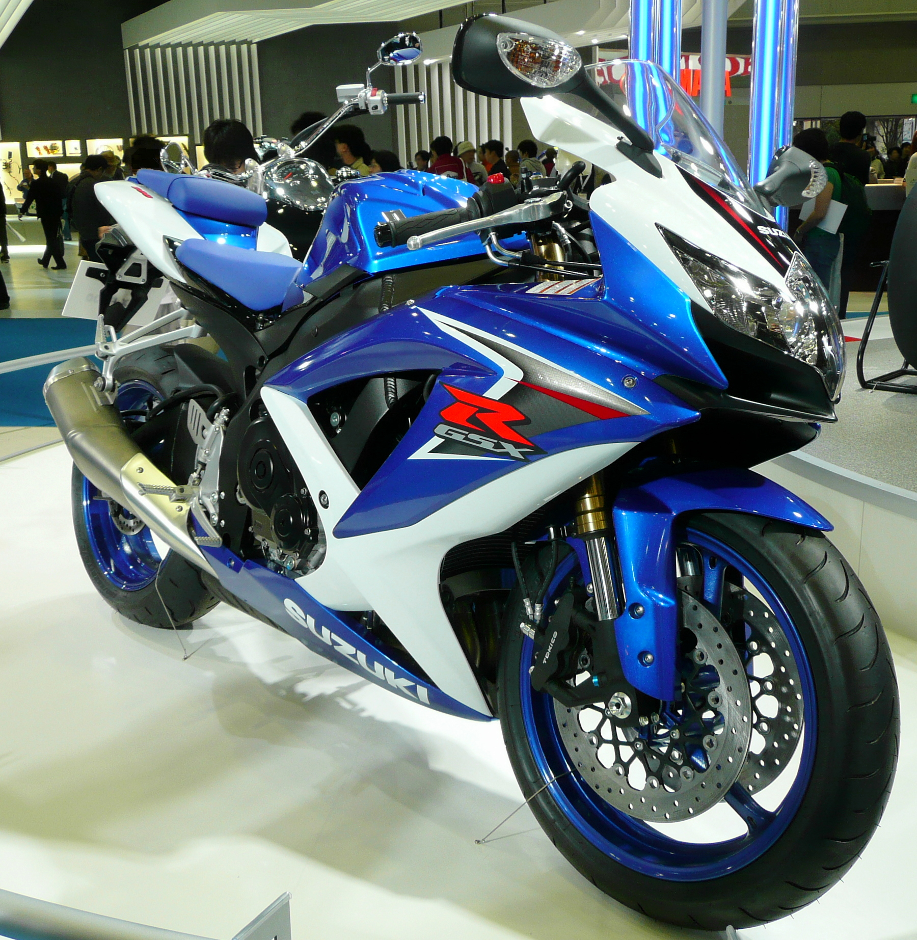 Suzuki gsx-r600 photo - 2