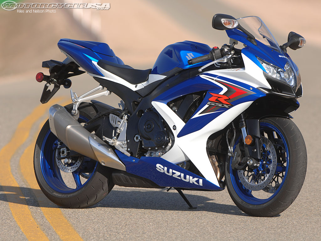 Suzuki gsx-r750 photo - 1