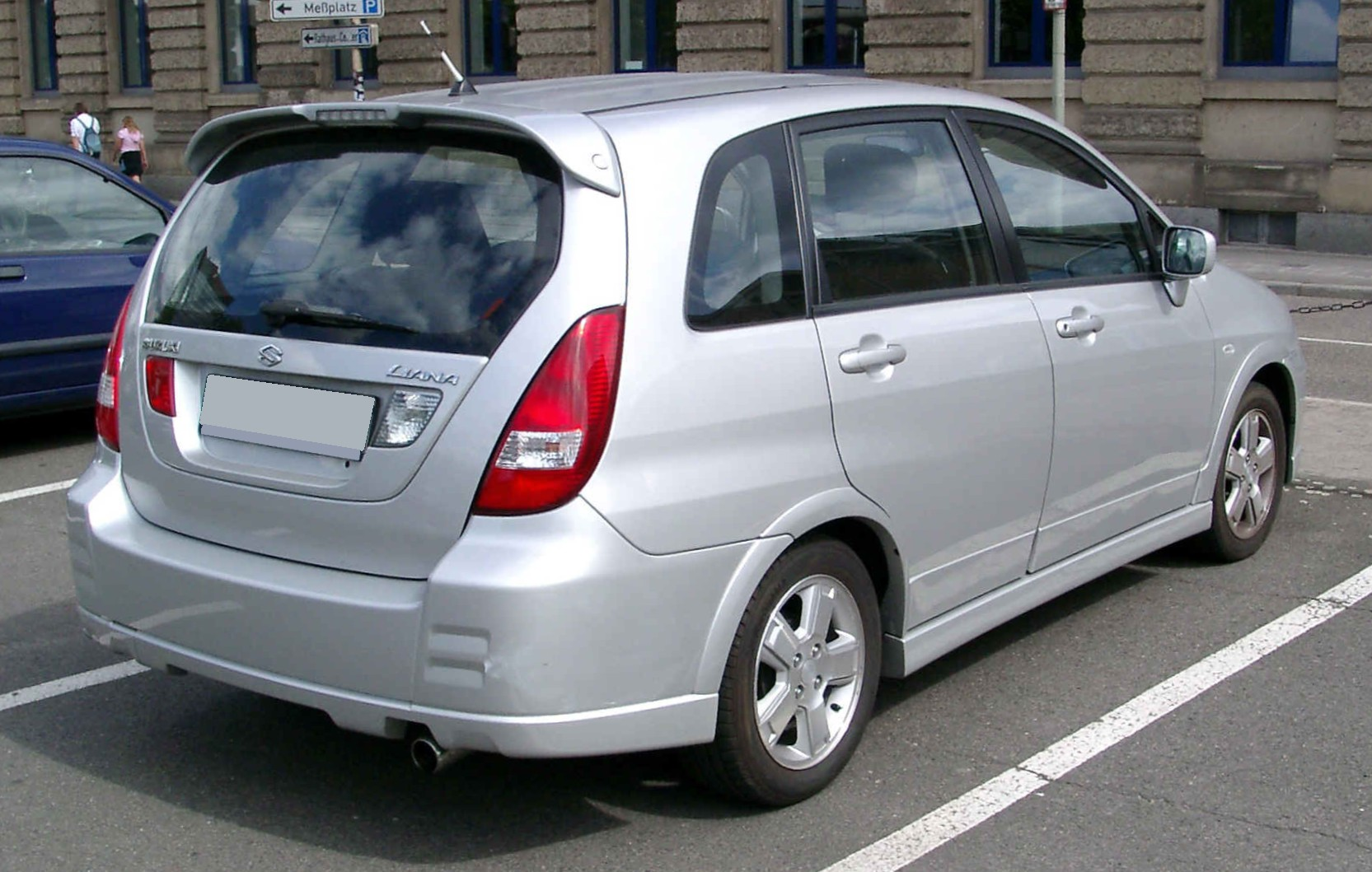 Suzuki liana photo - 1