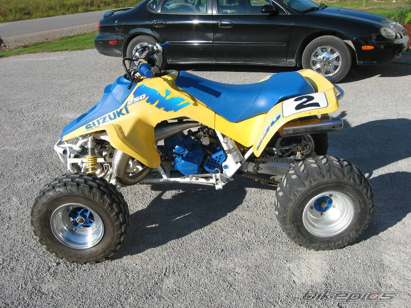 Suzuki quadracer photo - 3