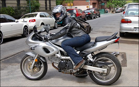 Suzuki sv650s photo - 3