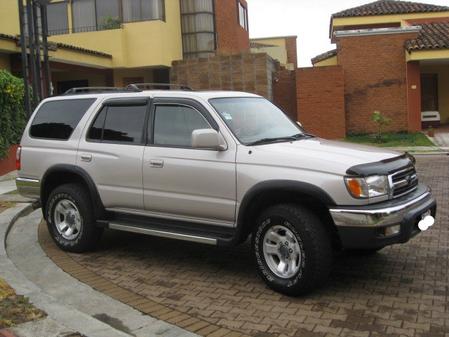 Toyota 4runner photo - 4