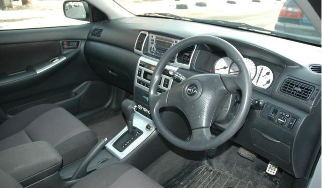 Toyota allex photo - 2