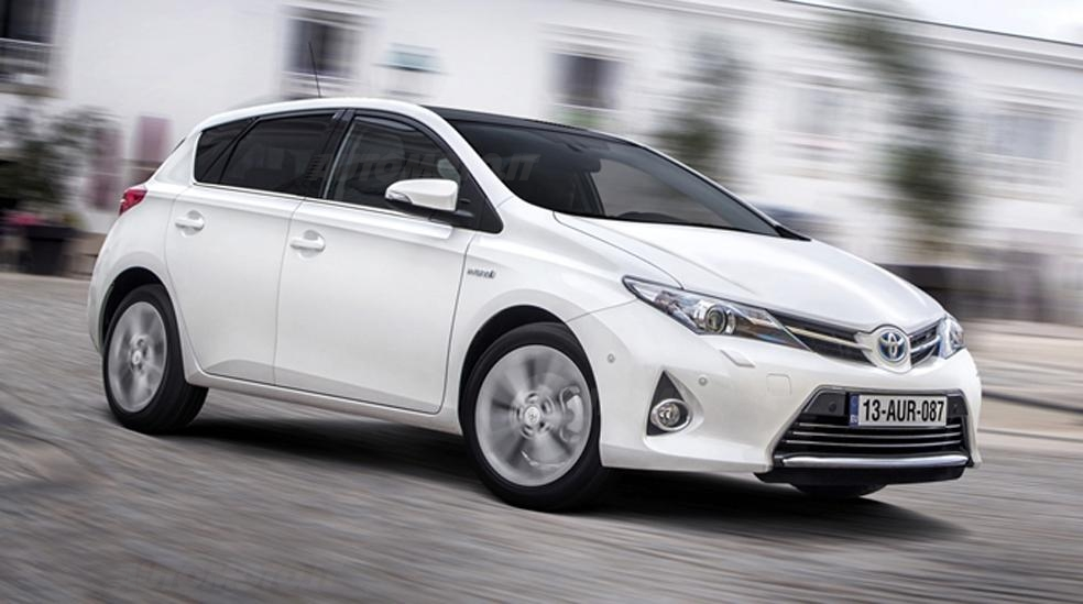 Toyota auris photo - 3
