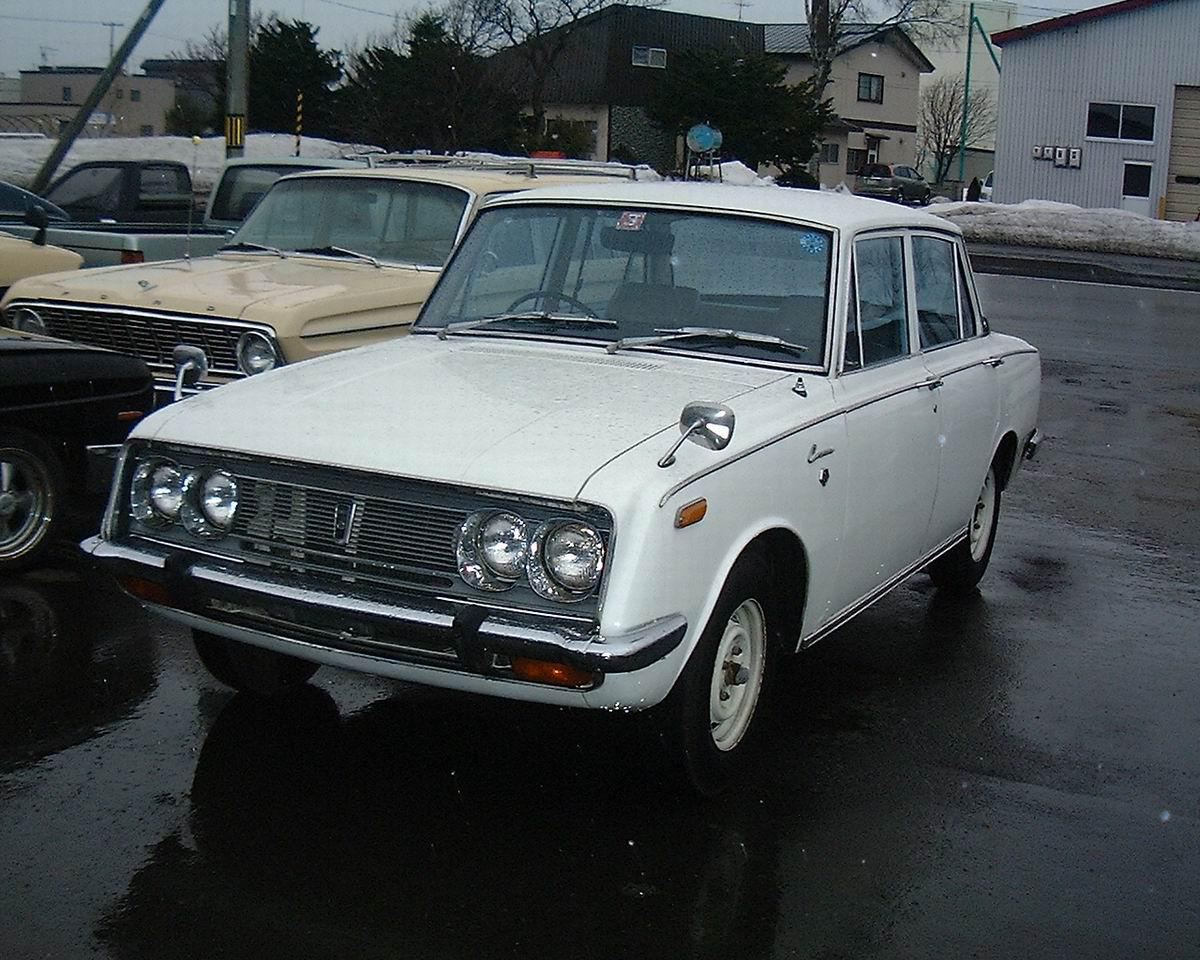 Toyota corona photo - 4
