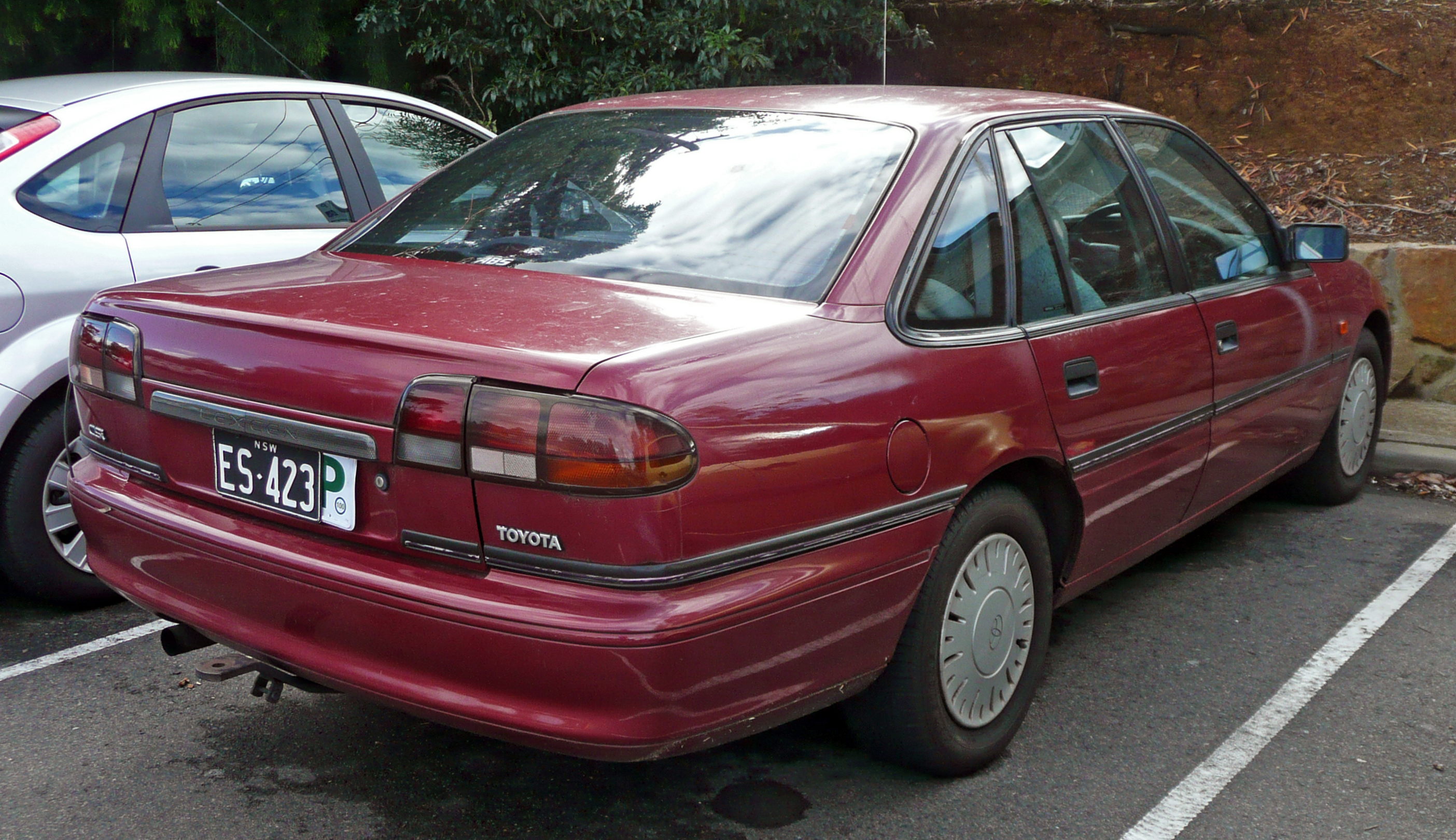 Toyota lexcen photo - 3