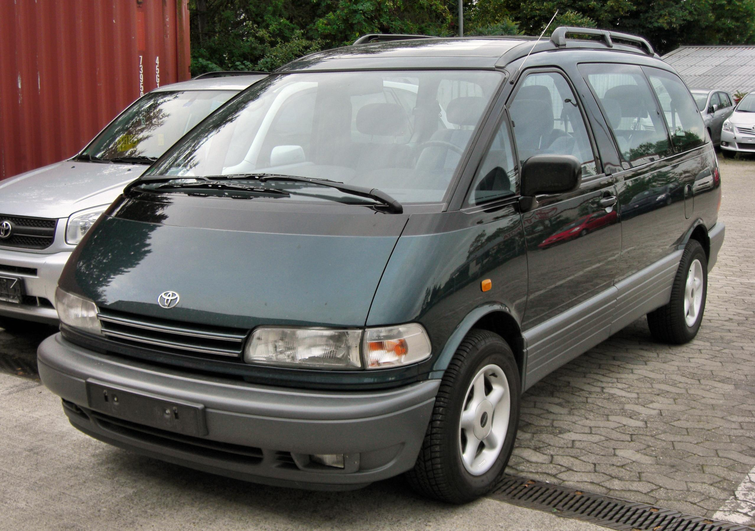 Toyota previa photo - 2