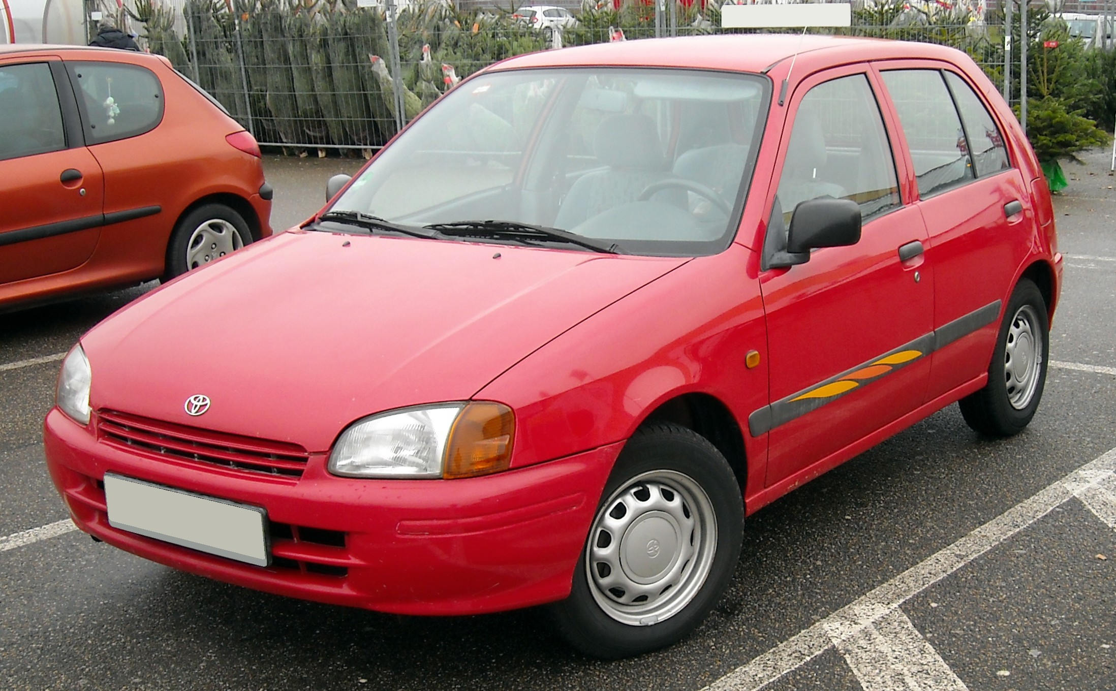 Toyota starlet photo - 3
