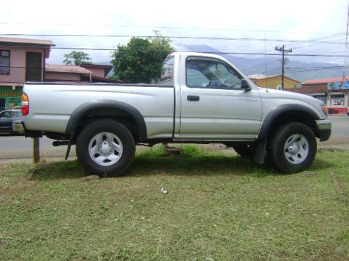 Toyota tacoma photo - 3