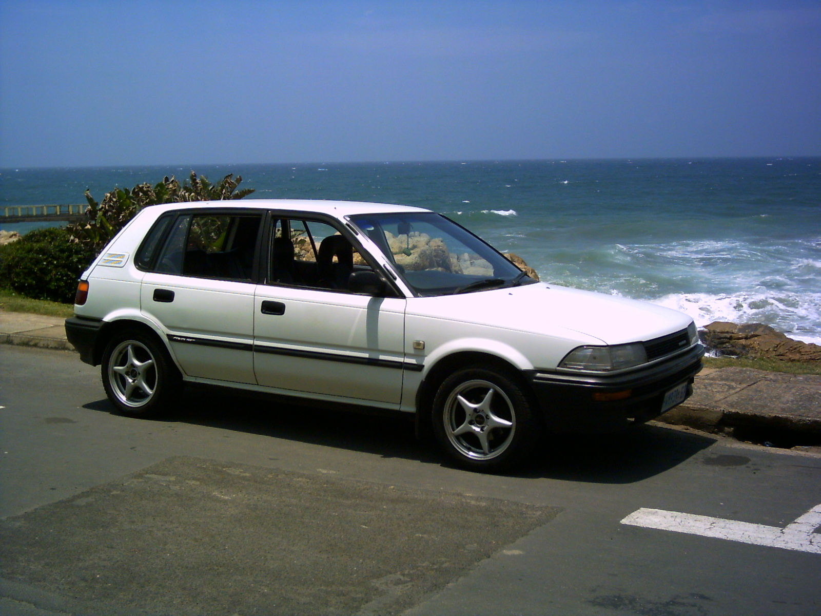 Toyota tazz photo - 2