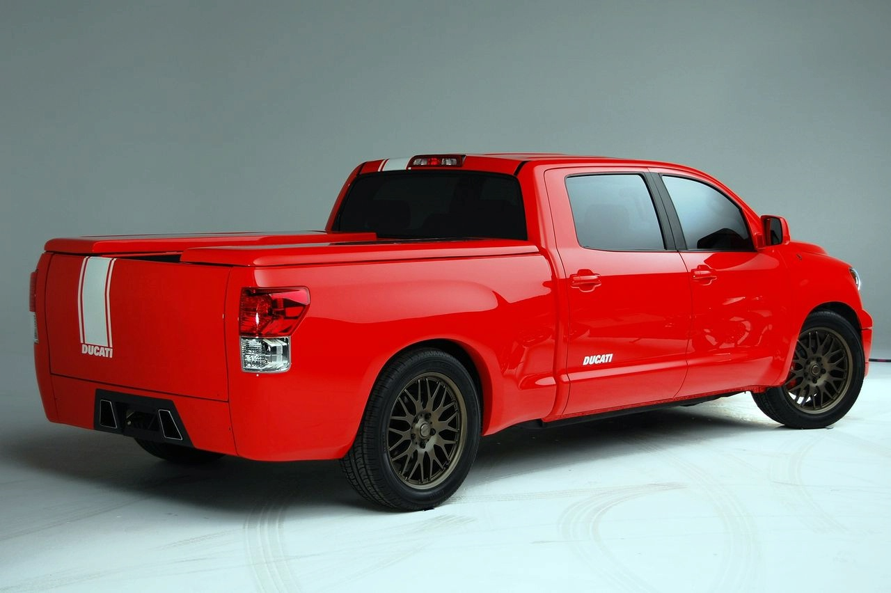 Toyota tundra photo - 2
