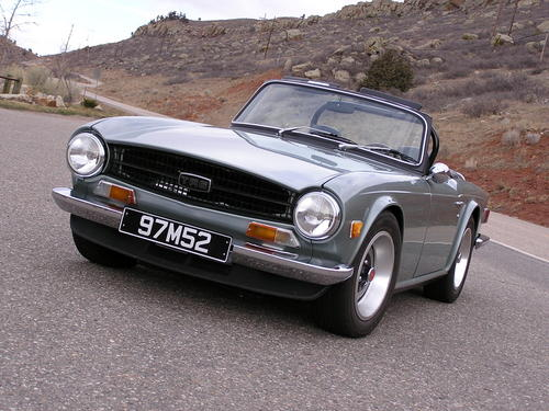 Triumph tr-6 photo - 2