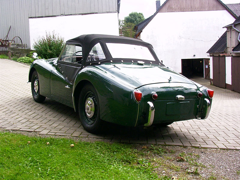 Triumph tr3-a photo - 3