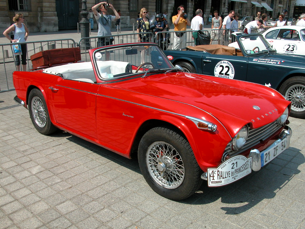 Triumph tr4 photo - 1