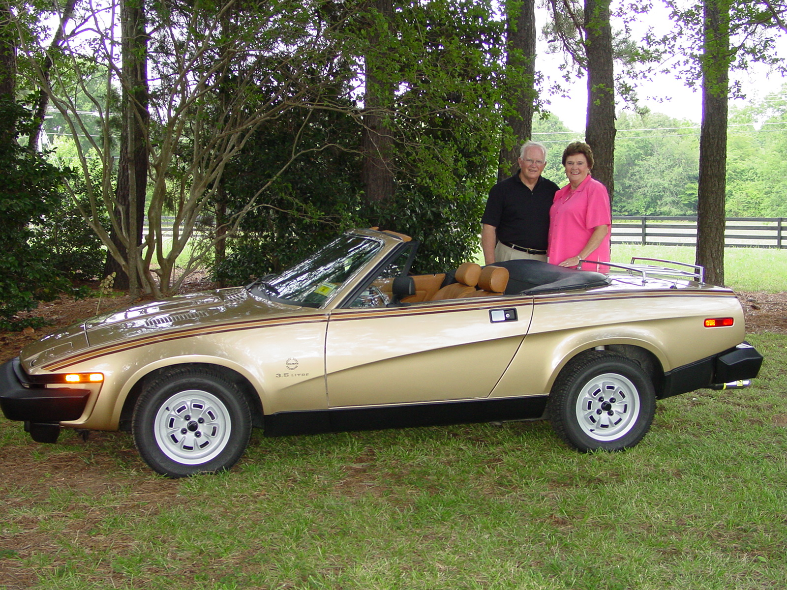 Triumph tr8 photo - 1