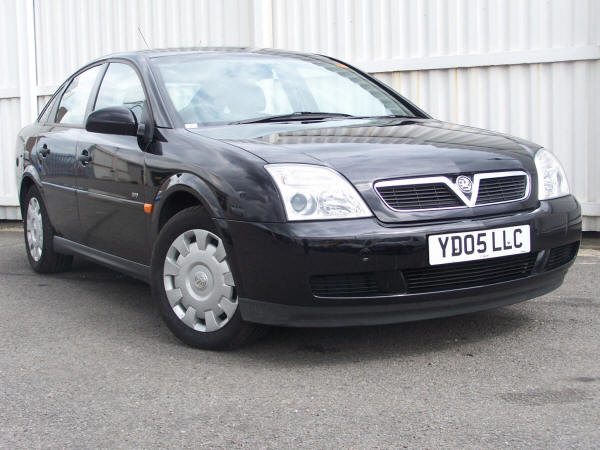Vauxhall vectra photo - 1
